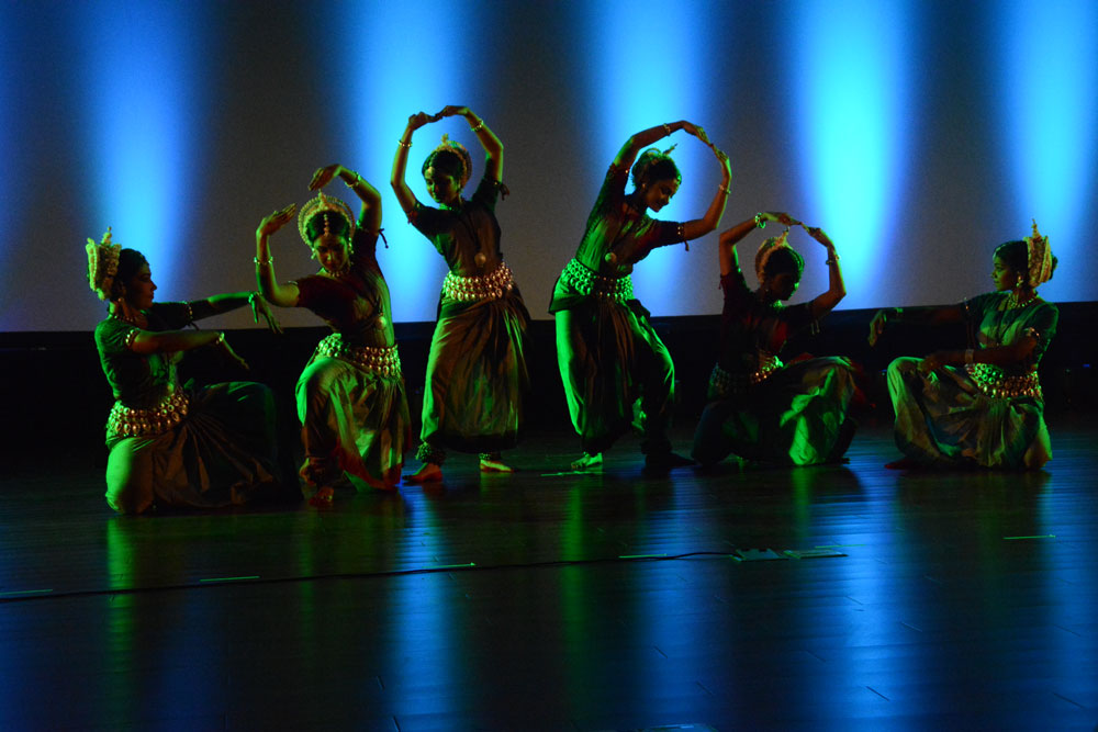 Gunjan-Dance-in-Port-Vila-big-5